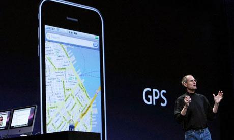 Steve Jobs nega il tracciamento degli spostamenti tramite iPhone e iPad