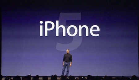 iPhone 5 in arrivo, Apple riduce le ordinazioni dei circuiti stampati di iPhone 4