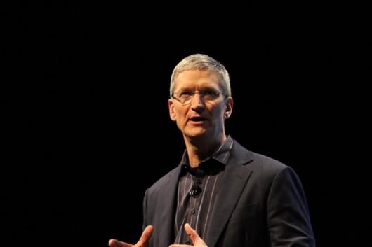 Tim Cook parla della guerra legale con Samsung, di Siri e dell'alluvione in Thailandia