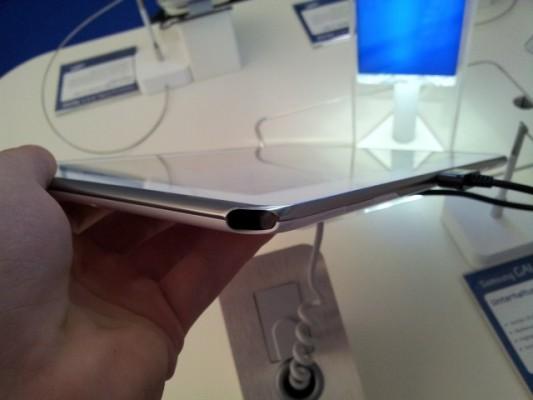 Samsung Galaxy Note 10.1: confermato l'alloggiamento per la penna S-Pen