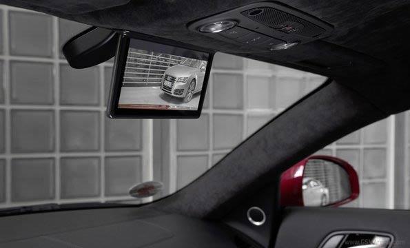 Samsung Galaxy Tab 7.7 come specchietto retrovisore per l'Audi R8 e-tron