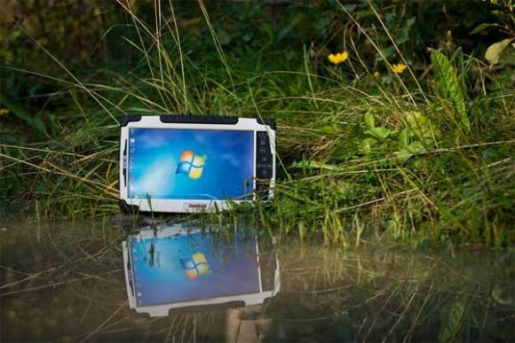 Algiz 10X: nuovo tablet Windows a prova di tutto