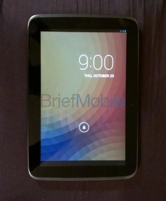 Google Nexus 10: immagini dal vivo del nuovo tablet