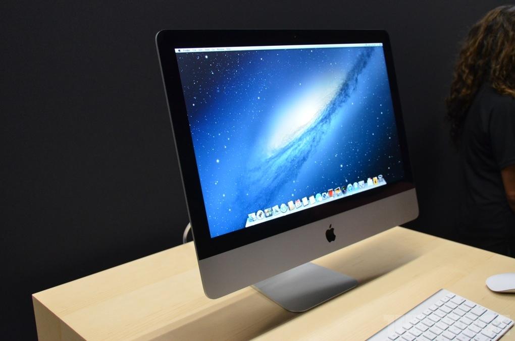 Apple iMac: immagini dal vivo del nuovo modello