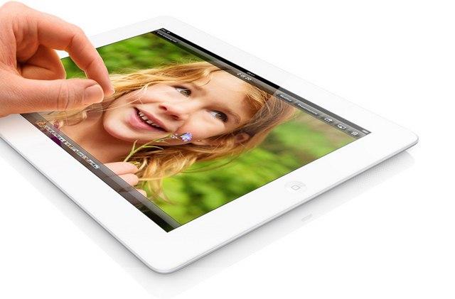 Apple iPad 4: l'alimentatore da 12 Watt ricarica più velocemente la batteria