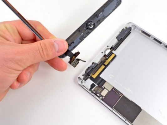 Apple iPad Mini smontato da iFixit, primo iDevice con speaker stereo