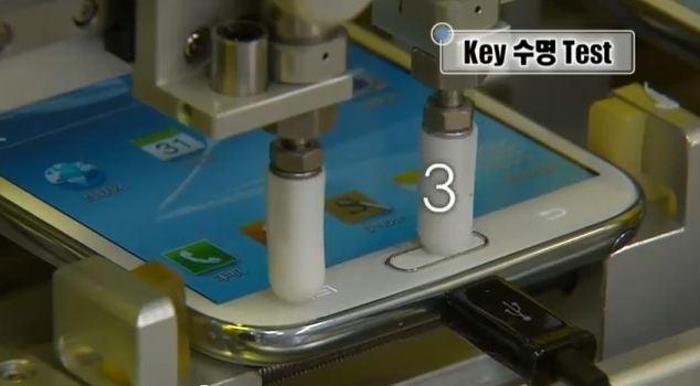 Samsung Galaxy Note 2: video ufficiale sulla sua resistenza