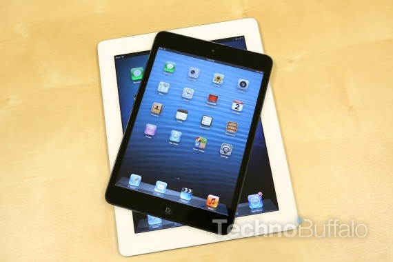 Apple-iPad-Mini-VS-iPad-Stacked-570x380