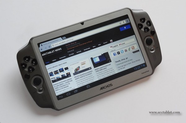 Archos GamePad: video unboxing del nuovo tablet per i giochi