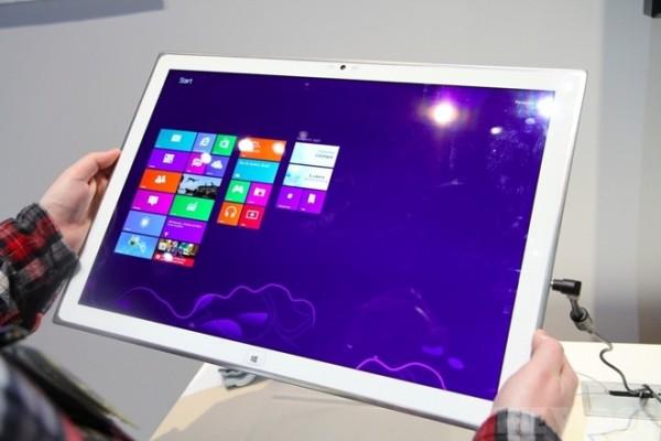 CES 2013: Panasonic annuncia un tablet 4K da 20 pollici