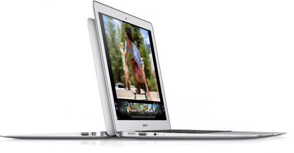 Apple rilascia un importante aggiornamento per il Macbook Air 2012
