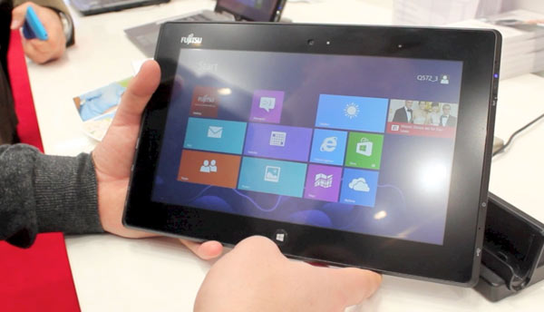 Fujitsu Stylistic Q572: impressioni d'utilizzo del nuovo tablet Windows 8