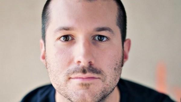Jonathan Ive e il design dell'interfaccia utente del nuovo iOS 7