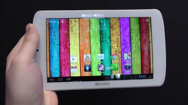 Archos 70 Titanium: prime impressioni d'utilizzo del nuovo tablet economico