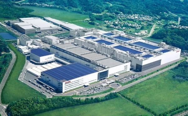 Samsung compra il 3% delle quote di Sharp