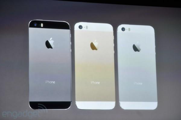 Apple presenta il nuovo smartphone top di gamma iPhone 5S, demo Infinity Blade 3