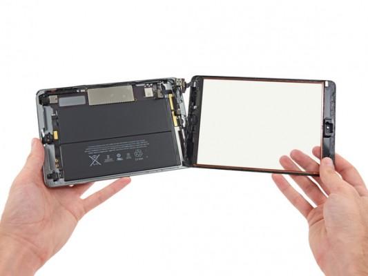 iPad Mini 2 con Retina Display smontato pezzo per pezzo da iFixit