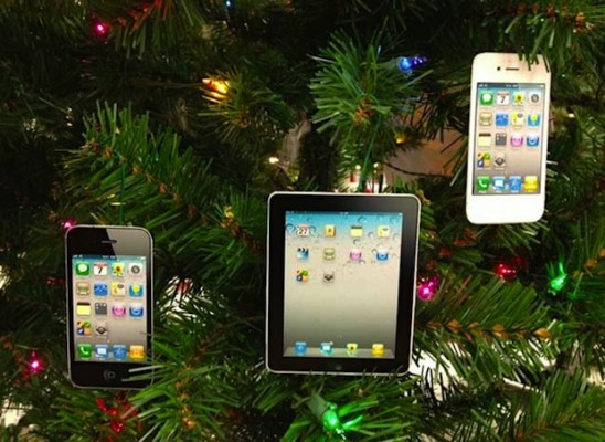 iPad e iPhone: boom di attivazioni a Natale