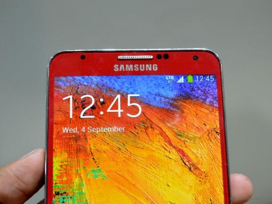 Samsung Galaxy Note 3: immagini dal vivo delle nuove colorazioni