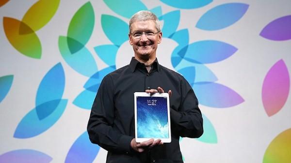 Tim Cook: Apple sta lavorando su prodotti eccezionali