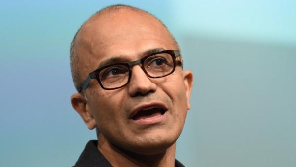 Satya Nadella, CEO di Microsoft, illustra il futuro dell'azienda