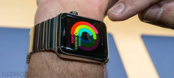 Apple Watch promosso a pieni voti nelle prime recensioni