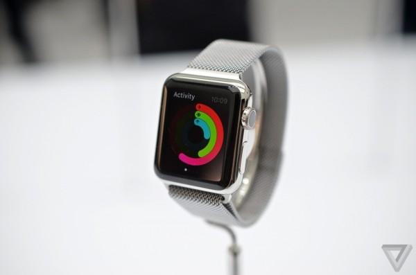 Apple Watch: immagini e prime impressioni dal vivo