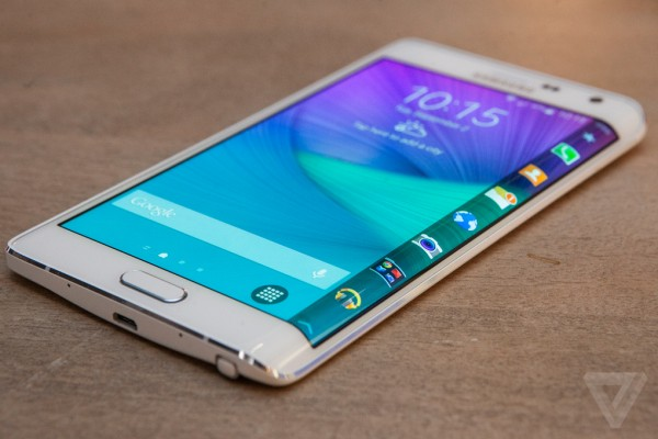 Samsung Galaxy Note Edge: prezzo in Italia 869 euro