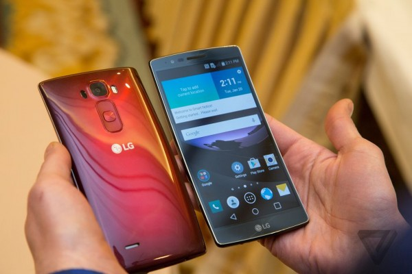 CES 2015: ufficiale il nuovo LG G Flex 2