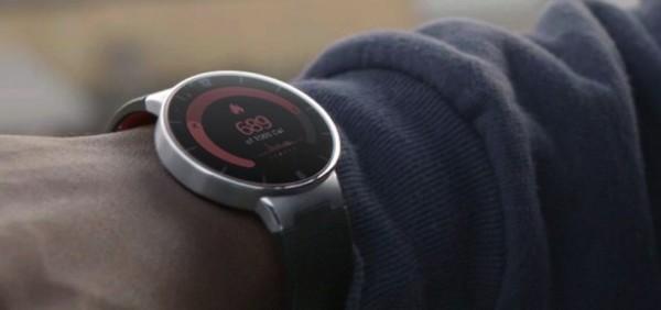 CES 2015: Alcatel svela il nuovo smart watch OneTouch