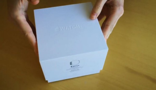 Apple Watch: video di unboxing